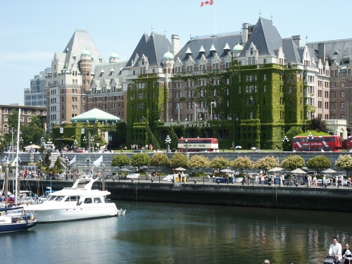 Fairmont Empress Hotel in Victoria's beautiful Inner Harbour